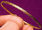 Elegant 14K MULTICOLOR GOLD BANGLE Bracelet 1970s 7.4 Grams Texture