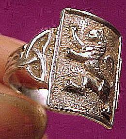Vintage STERLING CELTIC LION RING