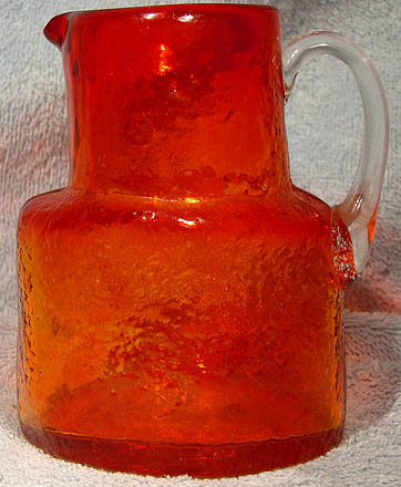 ARTS & CRAFTS PIGEON BLOOD GLASS PITCHER