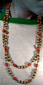 ART DECO MOLDED CORAL GLASS PEARLS FLAPPER NECKLACE 1930s