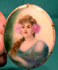 HAND PAINTED PORCELAIN PORTRAIT BROOCH c1900