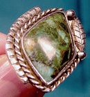 NAVAJO GREEN TURQUOISE STERLING SILVER RING 1970s