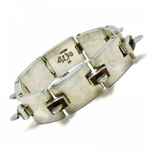 Antonio Pineda 970 Silver Taxco Mexican Carnelian Bracelet Book-Piece