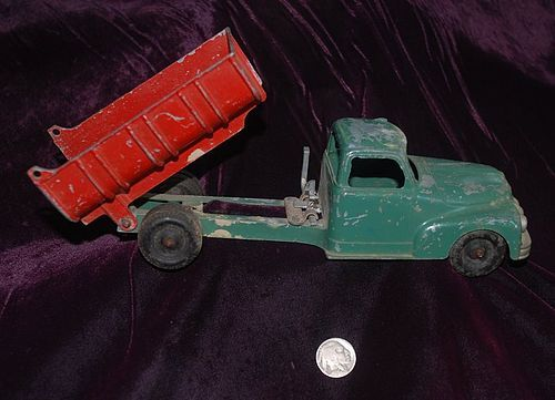 HUBLEY KIDDIE ~ Cast Iron Toy  DUMP TRUCK ~ 1930's - 1940's
