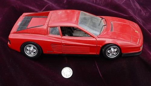 Mattel Hotwheels ~ Red FERRARI TESTAROSSA Toy Car ~ 1998