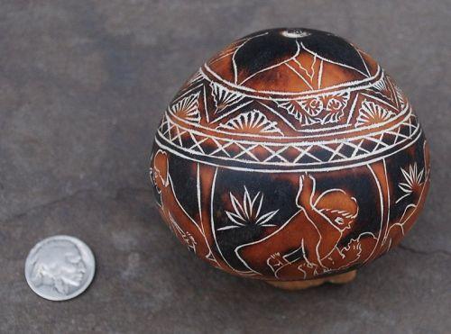 Pre-Columbian Style ~ MOCHICA / CHIMU ~ Carved GOURD ~ Peru