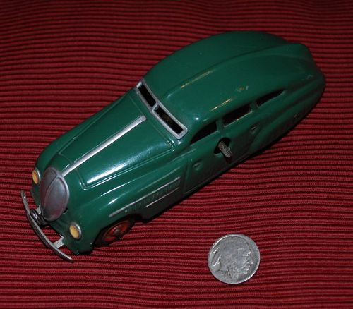 SCHUCO ~ Anno 2000 ~ Green Sedan Wind-Up ~ Metal Toy CAR