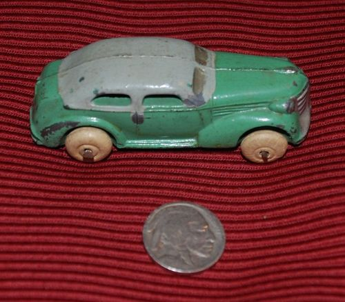 Green ~  2-Door ~ Metal Toy CAR ~ Made in USA