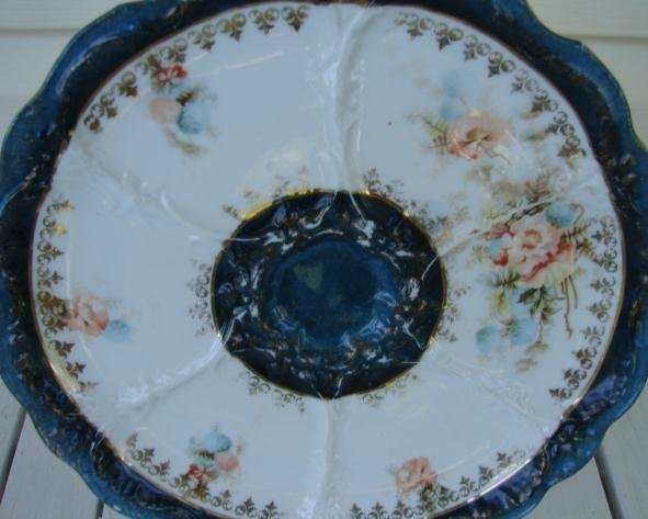 CIRCA 1900 OYSTER PLATE