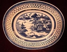 C. 1820 CHINESE EXPORT  NANKING RETICULATED UNDERPLATE