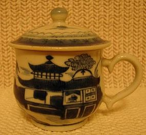 C. 1880 CHINESE EXPORT BLUE CANTON SYLLABUB CUP W/COVER