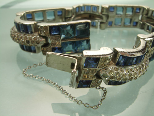 1940 French Art Deco Bracelet Blue Invisibly Set Stones