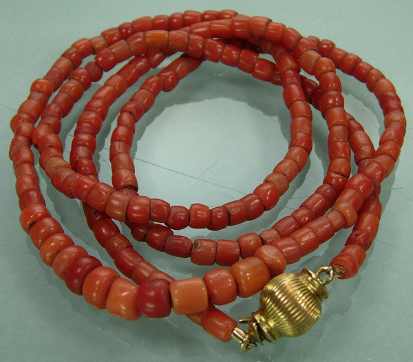 Dainty Antique Victorian Carved Coral 14K Gold Necklace