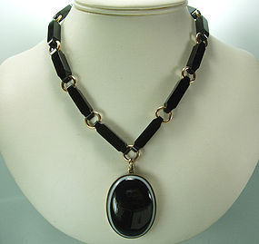 C 1900 Banded Agate French Jet Black Pendant Necklace