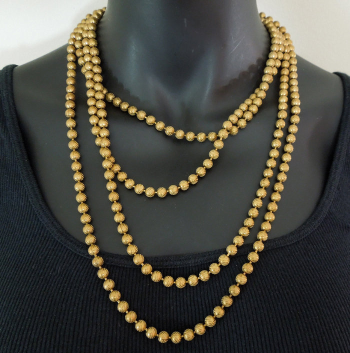 Cascading 70s French Fluted Bead Chain 88 In. Necklace
