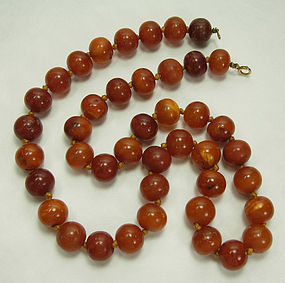 1930s Butterscotch Egg Yolk Amber Necklace 58 Grams