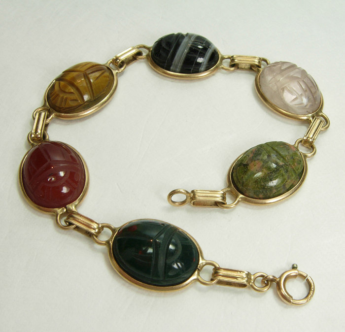 1950 14KT Gold Green Red Black Agate Scarab Bracelet
