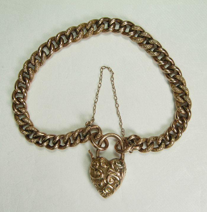 Antique Victorian 9KT Gold Bracelet Heart Shaped Clasp