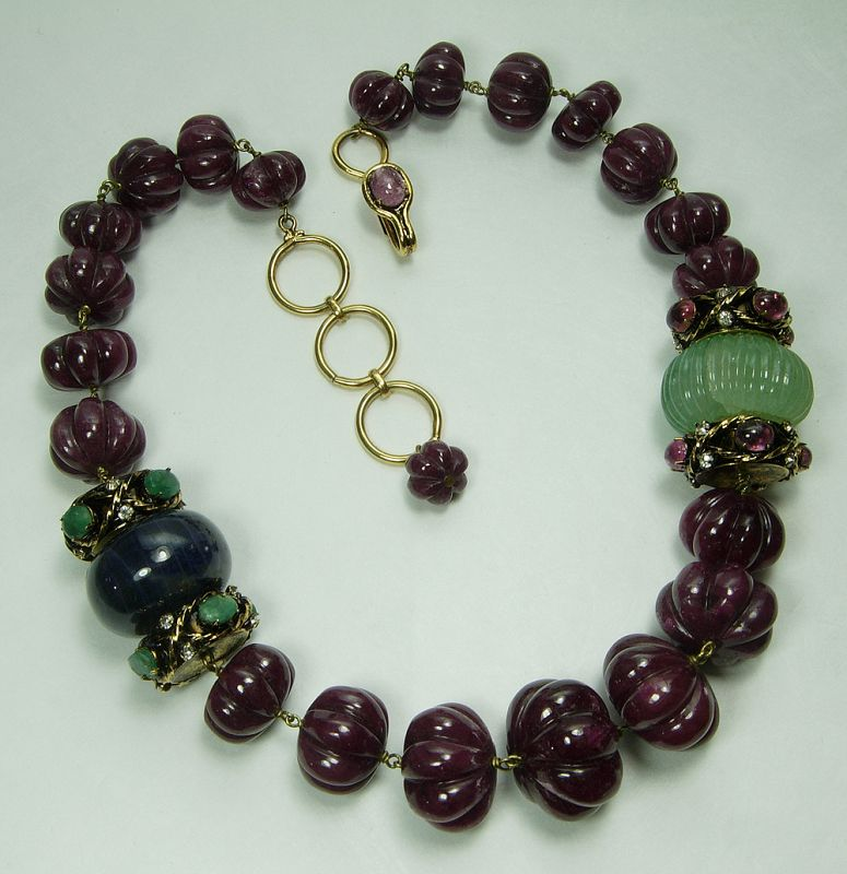 Iradj Moini Necklace Carved Ruby Sapphire Emerald Green Beryl Couture