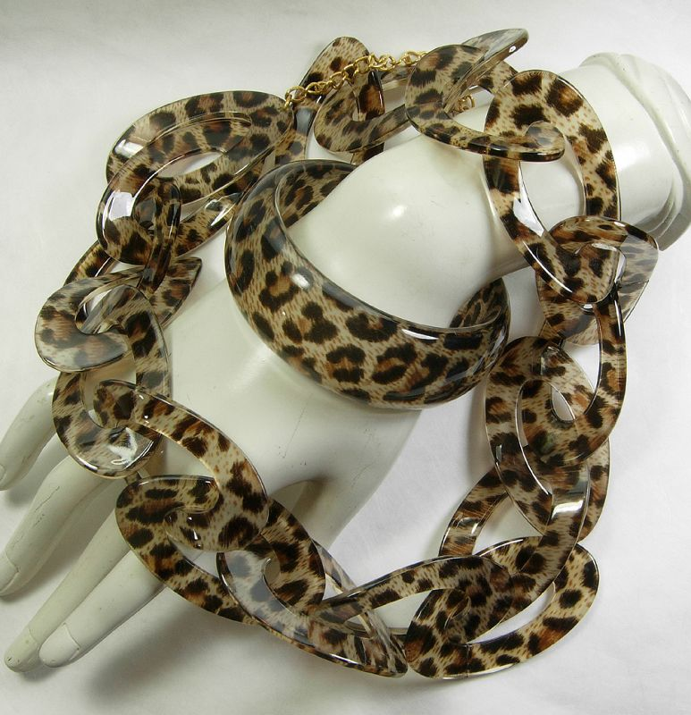 Signed Kenneth J Lane KJL Leopard Lucite Chain Necklace Bracelet Set