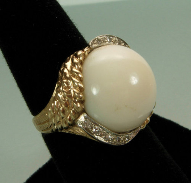 C 1950 14KT Gold Diamond Angelskin Coral Cocktail Ring