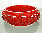 Heavy Carved Cherry Vanilla Marbled Bakelite Bangle