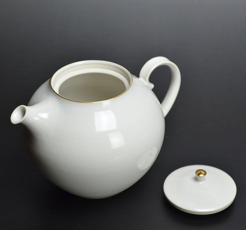 Hattori Tatsuya White Tea Pot
