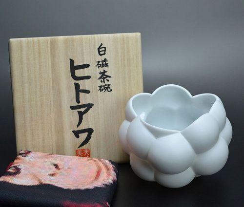 Bubble Chawan Bowl by Yatsugi Miho
