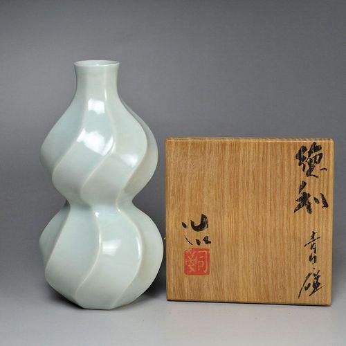 Suzuki Osamu (Sodeisha) Twisted Celadon Porcelain Tokkuri