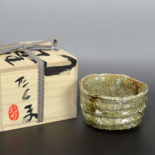 Crystalized Ash Glaze Tea Bowl by Murakoshi Takuma