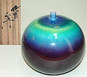 Japanese Living National Treasure Yasokichi Kutani Vase
