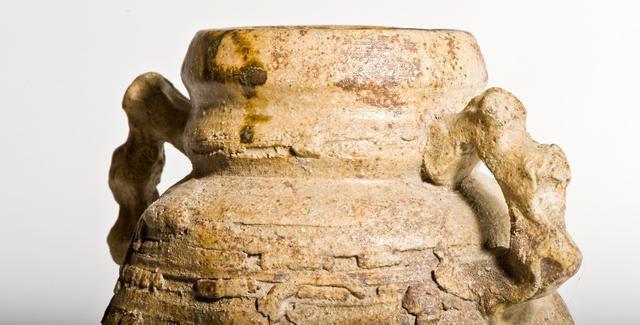 Very old Iga ware flower vase - momoyama type