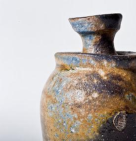 Kuro Bizen Tokkuri Sake Flask by Masao Akiya