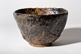 Absolutely rare Setoguro Chawan from the 16th. century