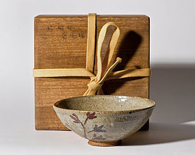 E-Karatsu Chawan with a special box - Edo Period