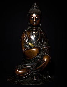 Chinese 18th cent Bronze Guanyin Buddha with Qianlong Mark