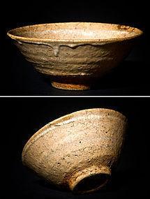 Korean Ido Chawan with Kintsugi gold restoration 16.-17.cent.
