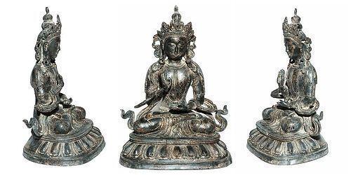 Chinese large Bronze Buddha with Qianlong Mark (1736 - 1795)