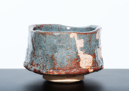 Stunning Nezumi Shino Chawan by great Wakao Toshisada
