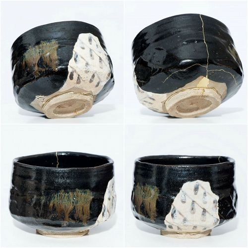 Exceptional Kuro Raku Chawan with perfect Kintsugi