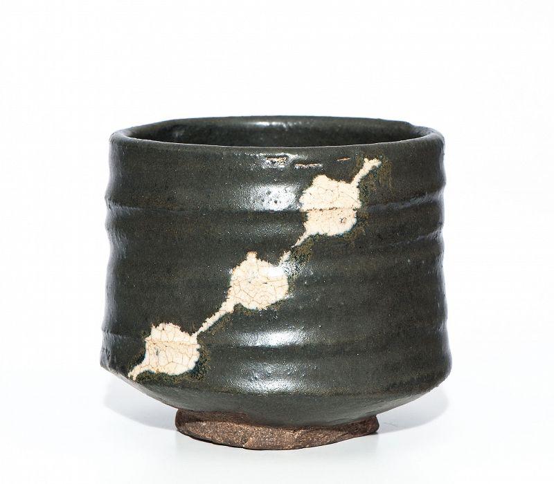 Black Oribe Chawan of Early Edo Period