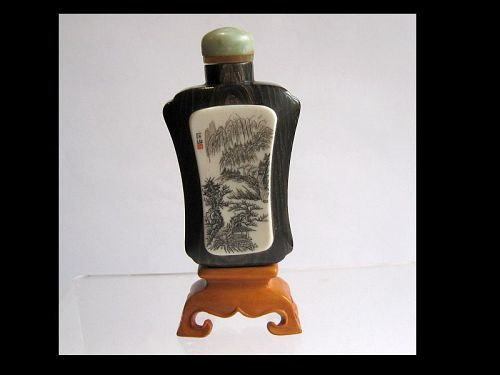 Chinese Horn Snuff Bottle with Scrimshaw and Wooden Stand, Signed