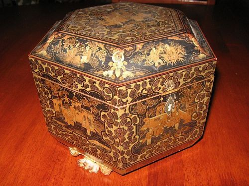 Chinese Hexagonal Lacquered Tea Caddy