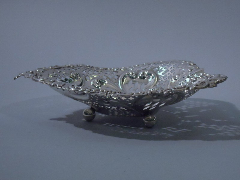 Large Gorham American Sterling Silver Heart Bowl 1900