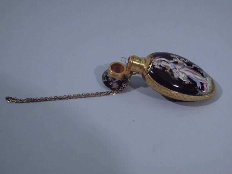 European 18 Kt Gold and Enamel Perfume Bottle C 1875