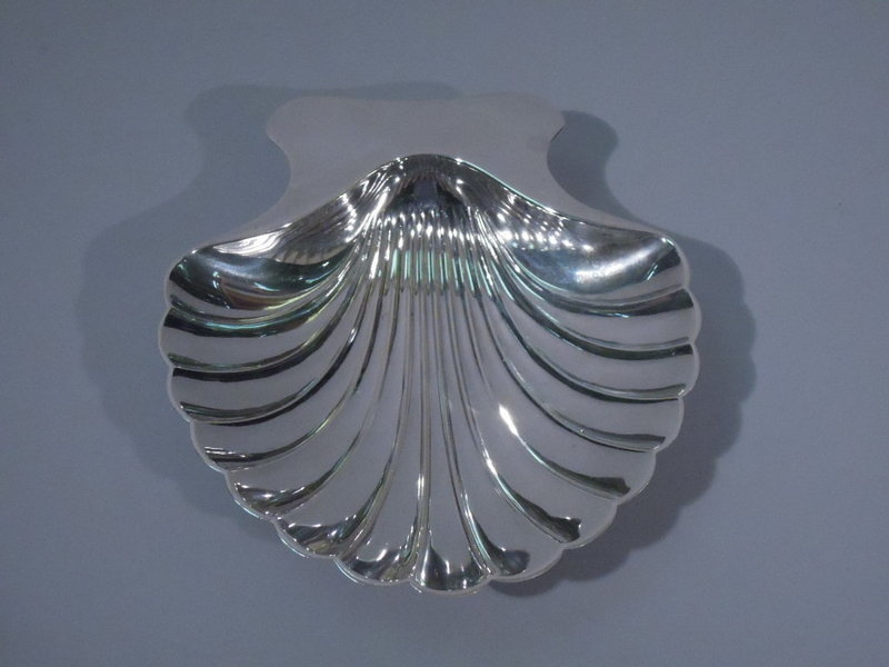 4 Tiffany Sterling Silver Scallop Shell Dishes