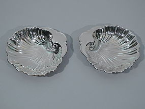 Pair of Gorham Sterling Silver Scallop Shells