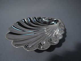 Large Sterling Silver Scallop Shell by Gorham 1946