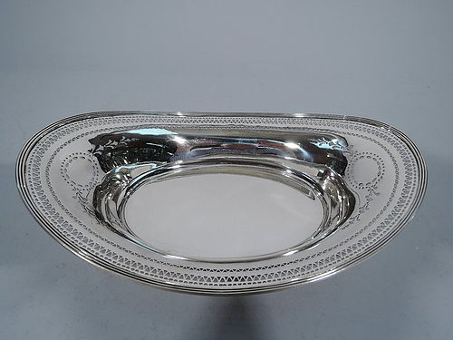 Tiffany Edwardian Pierced Sterling Silver Bread Tray C 1912