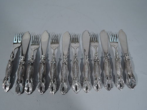 Chinese Export Silver Fish Set for 6 with Figural Carp Handles